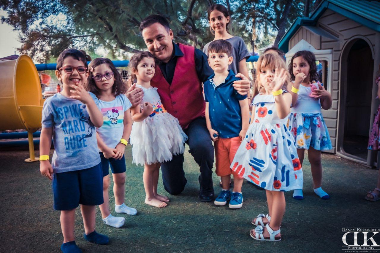 ταχυδακτυλουργοί για παιδικά πάρτυ